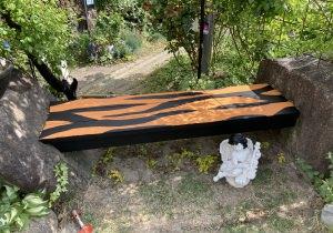 虎クリガーデンベンチ塗り替えました
